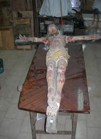 Statua Lignea Raffigurante Cristo, prima del restauro