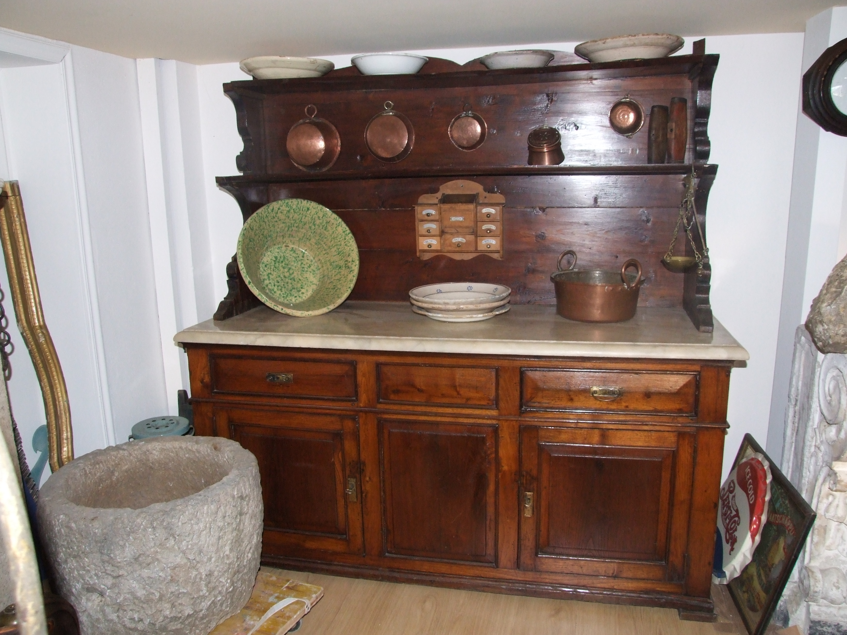 Credenza Con Piattiera : Piattaia luigi filippo in legno di castagno con alzata vendita e